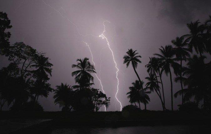 Light Thunderstorm with Lightning Alert To 14 District Of Odisha