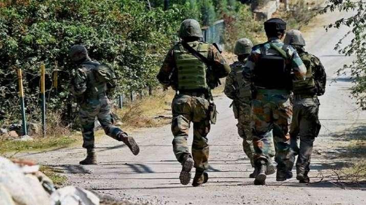 Encounter Starts At Redwani Area Of Kulgam Two Three Terrorist Trapped