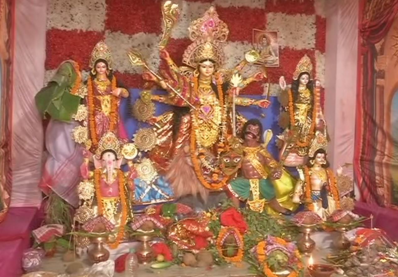 No Devotees Allowed To Puja Mandap For Covid