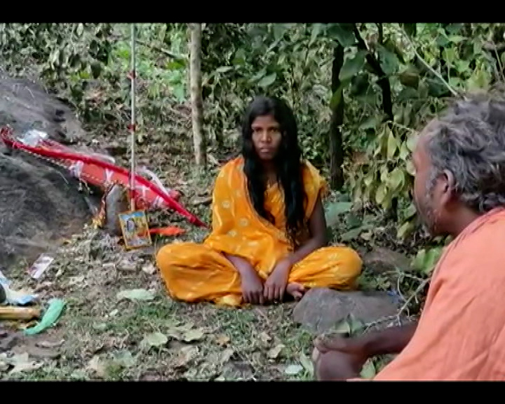 Nabarangpur Girl Nirabati Penance In Forest With Out Fear