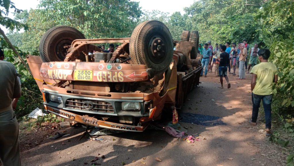 Truck Accident In Morada Road, Two Dead Three Injured