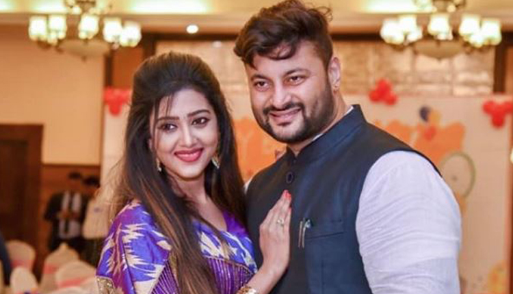 Barsha And Anubhav Appears In Family Cuttack Court Cuttack