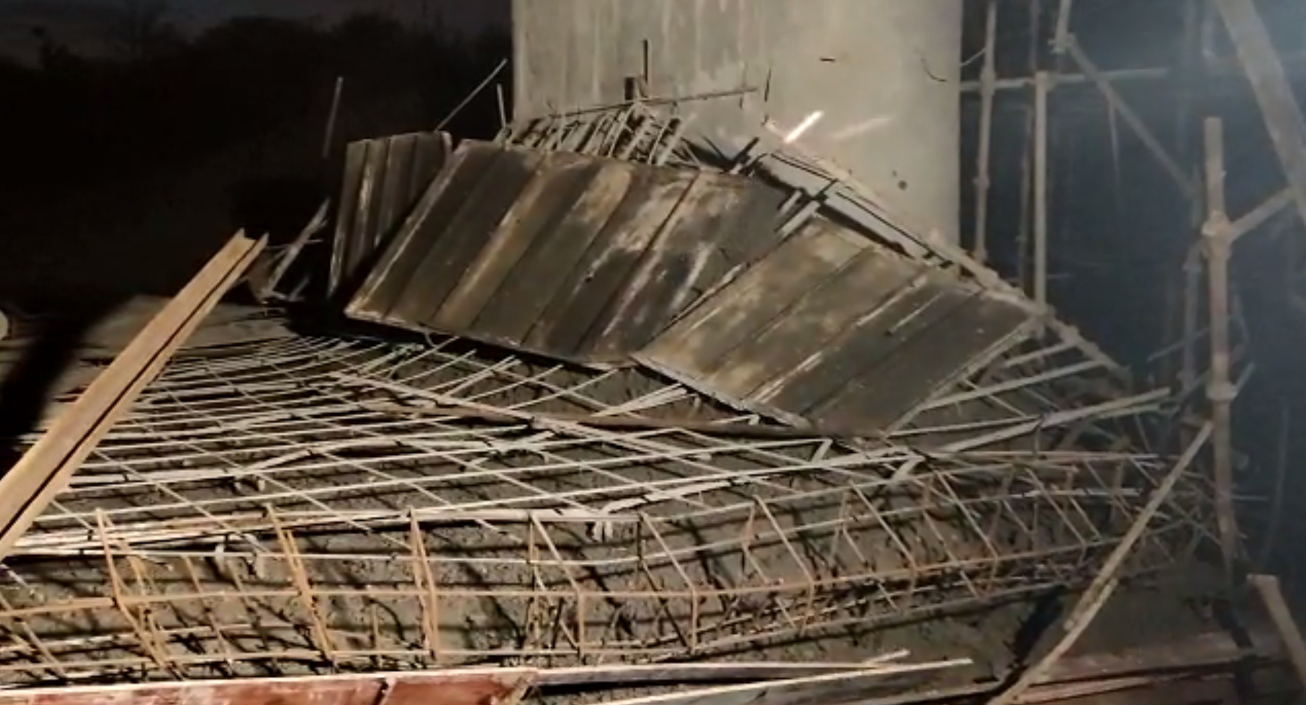 Police Arrested RD Assistance Engineer On Under Construction Bridge Collapse Case