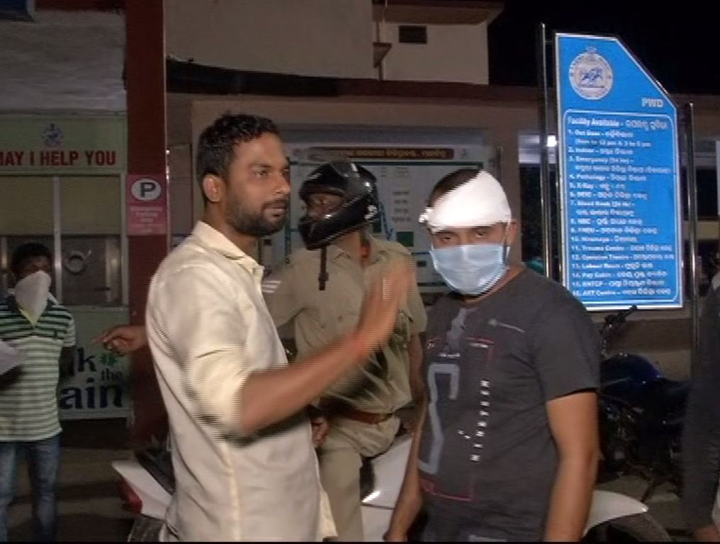 Youth Attacked Petrol Pump Employee With Knife
