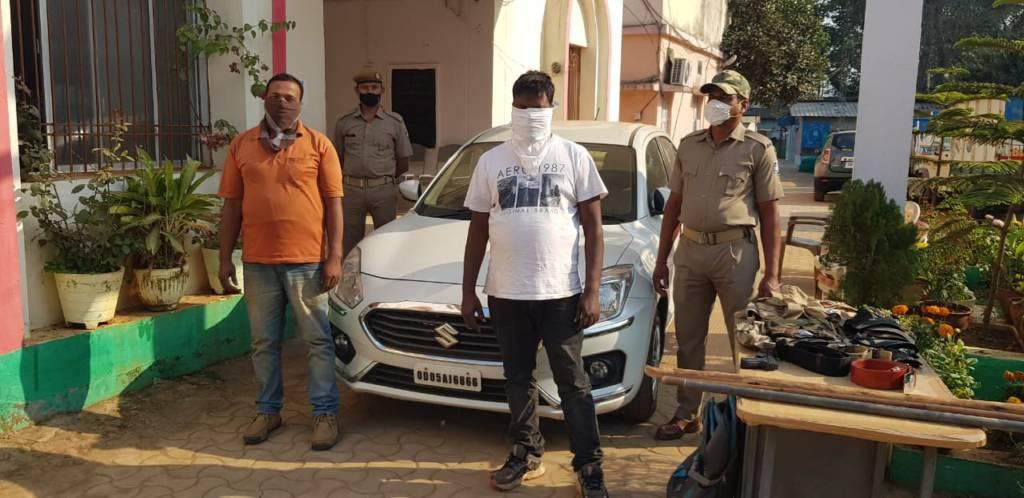 Baliguda Police Arrested Two Fake Cops During Night Patrolling