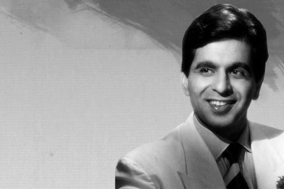 Mohammed Yusuf Khan To Dilip Kumar Life Story