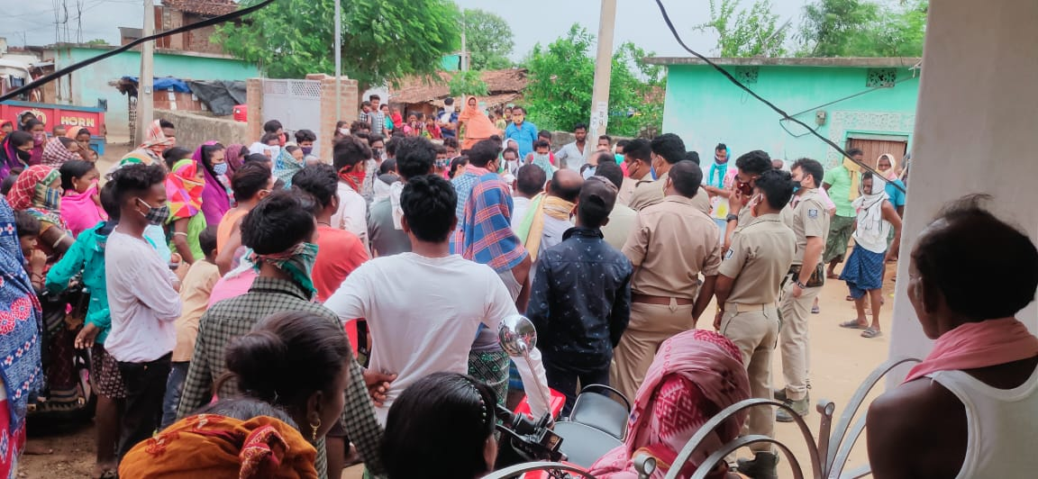 Villagers Prohibited Entry Of 13 Family In Balangir For Black Magic