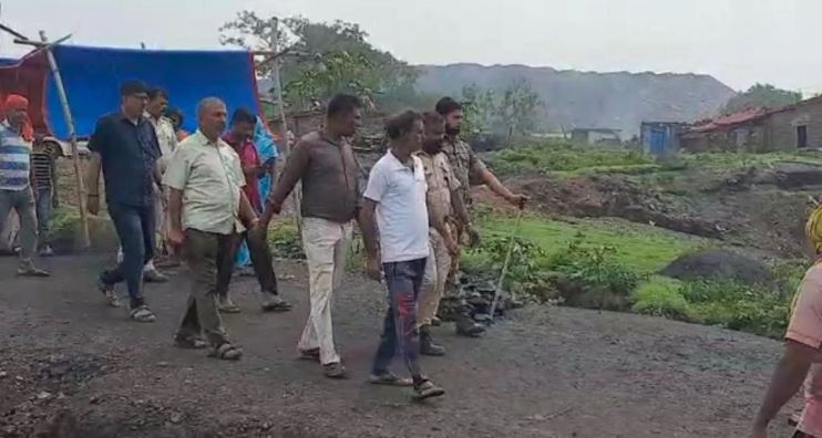 Young Man Got Buried Alive In The Earth Jharkhand