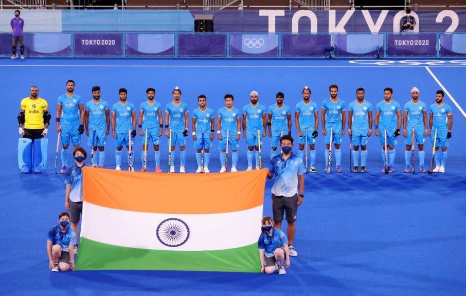 Bollywood Celebs Congratulates Indian Men's Hockey Team