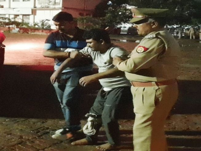 Ghaziabad Police Arrested Accused Of Thief Gnag Who Traveled In Flight For Robbery